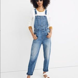 {madewell} straight-leg overalls in hickory wash